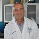 Javier Flores M.D.